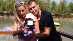 Викторио се оправдавал, че гръмнал дъщеричката си, защото се спънал