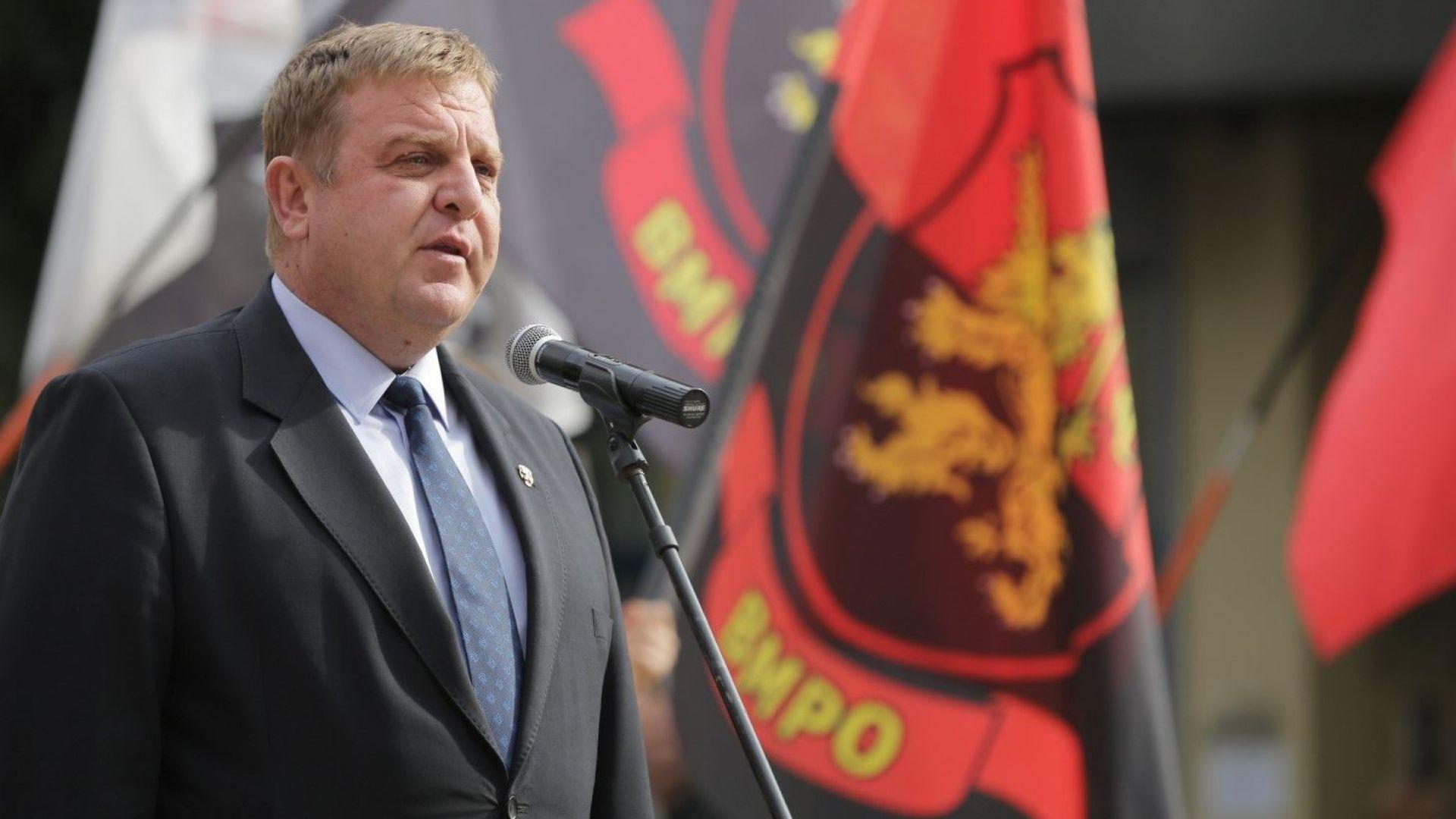 Каракачанов заплаши да спре Македония към ЕС и НАТО