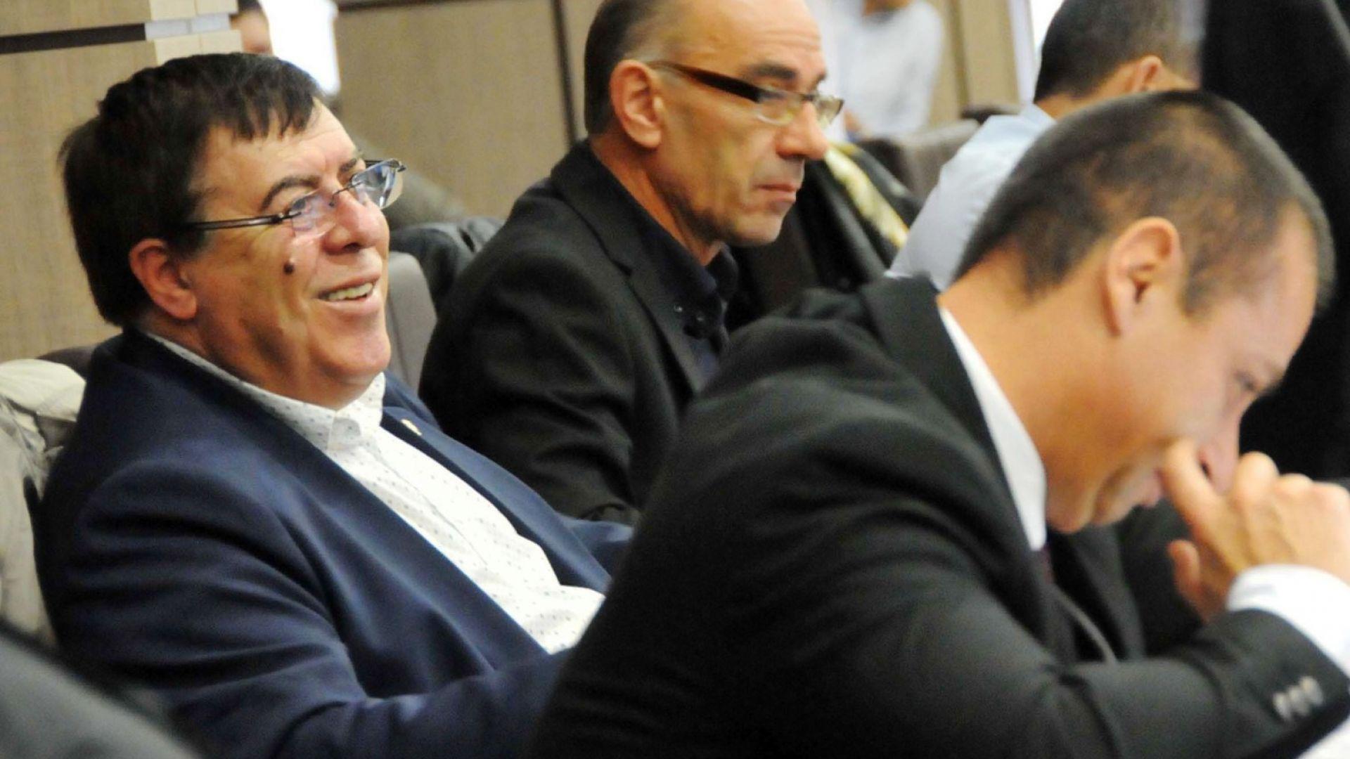 Бенчев сe появи на заседание на Общинския съвет: БСП ме погребаха жив