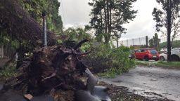 Снежен хаос, наводнения, виелици и студ в Европа вземат жертви