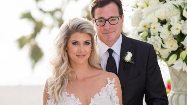 Боб Сагет (62) се ожени за 23 години по-млада тв водеща