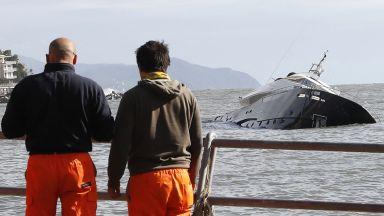 Сърфист оцеля след денонощие в бурното Адриатическо море
