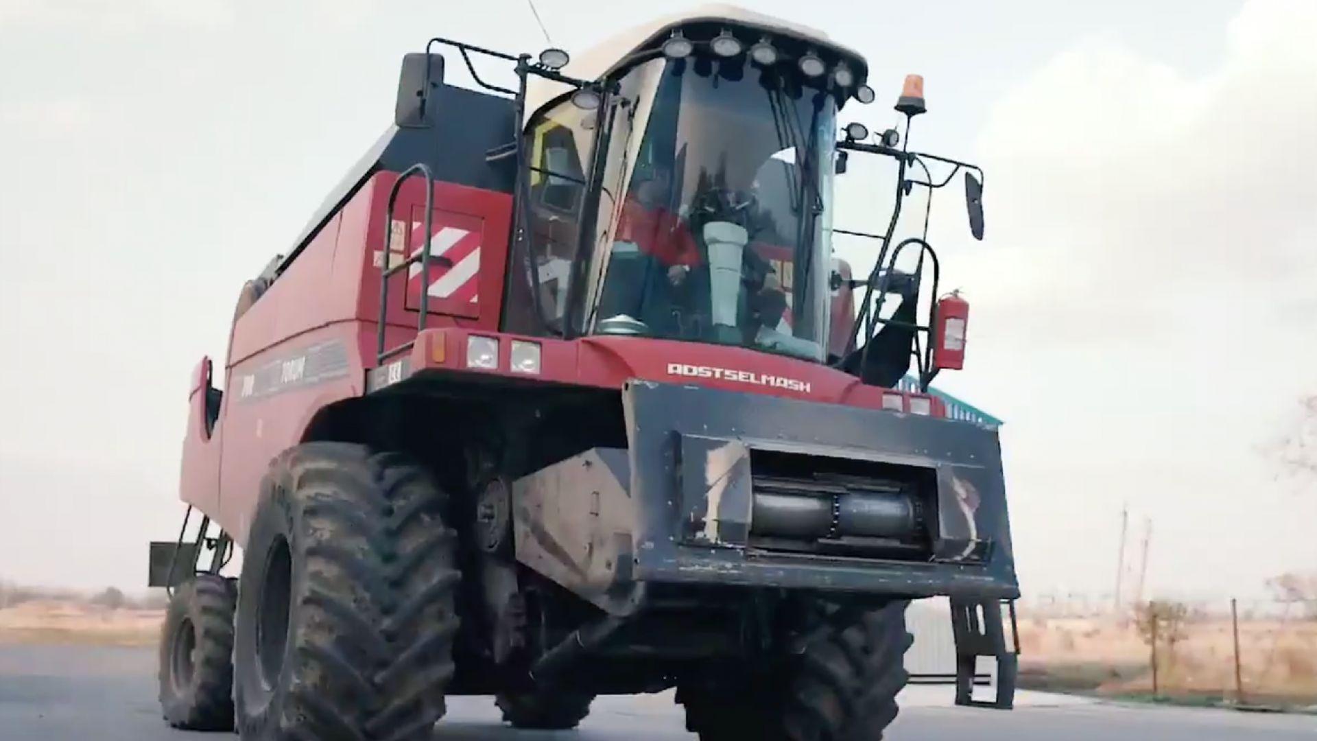 """""""Роскосмос"""" успешно тества автономен комбайн"""