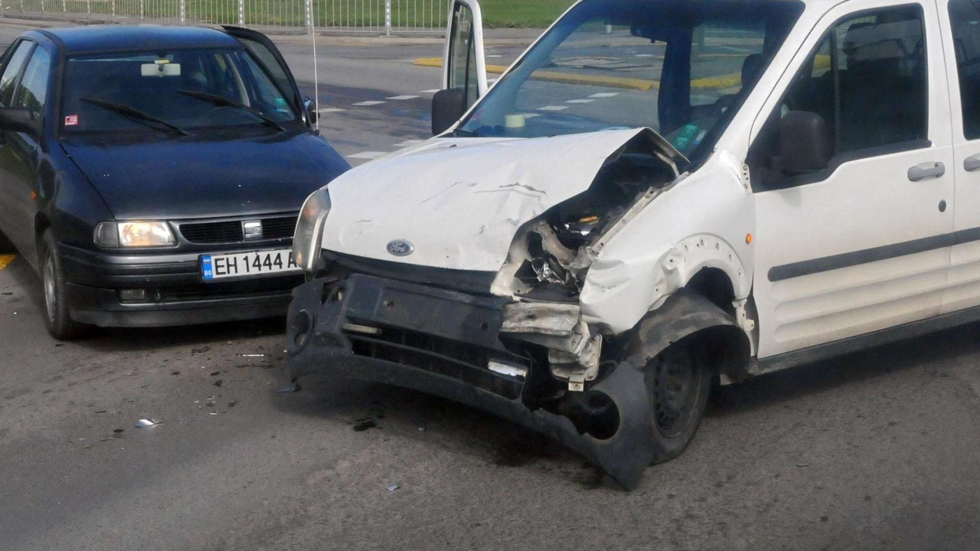 Капани на пътя: 5000 опасни кръстовища изпитват шофьорите у нас