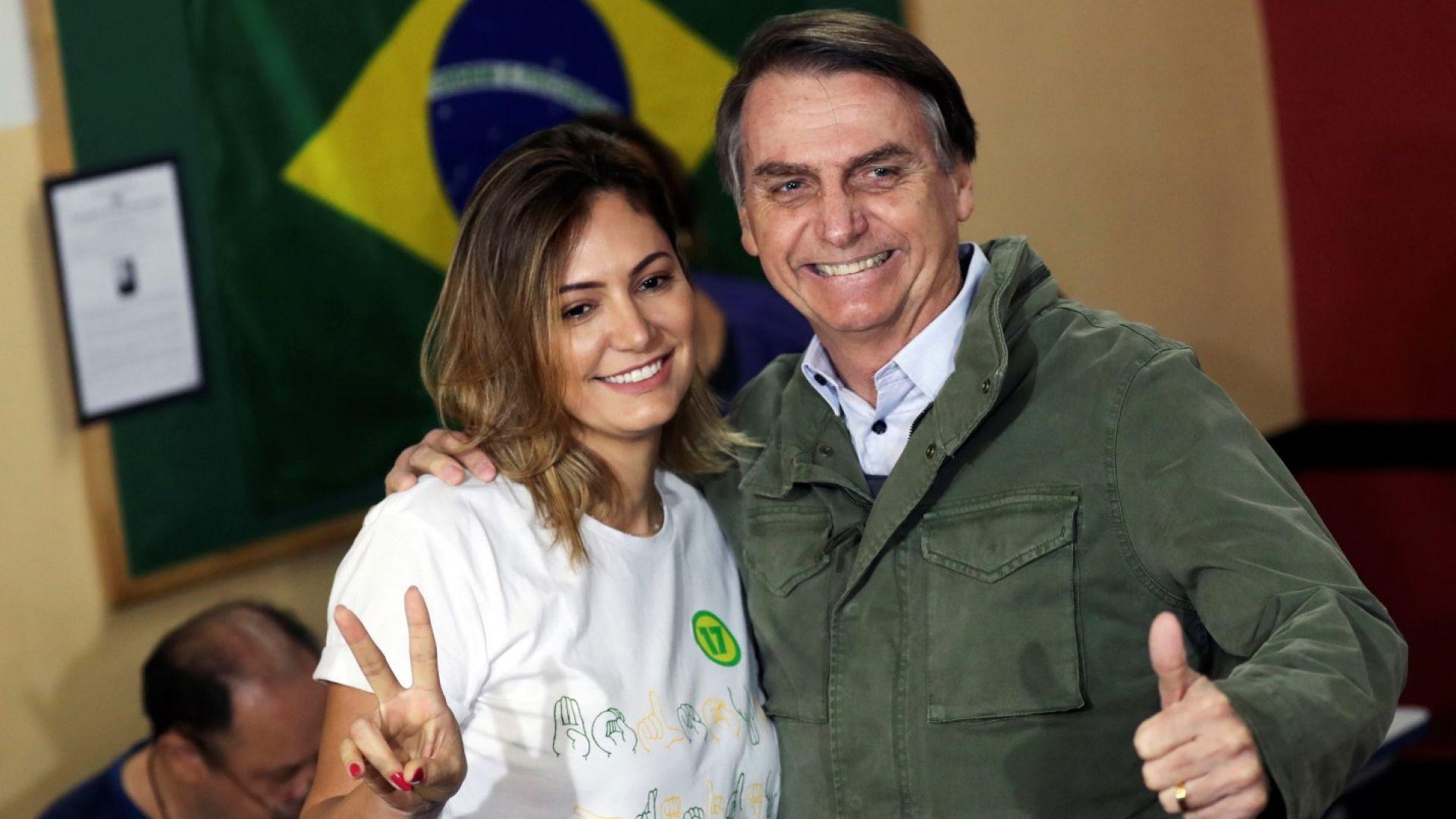 Оперират бразилския президент заради нападението с нож