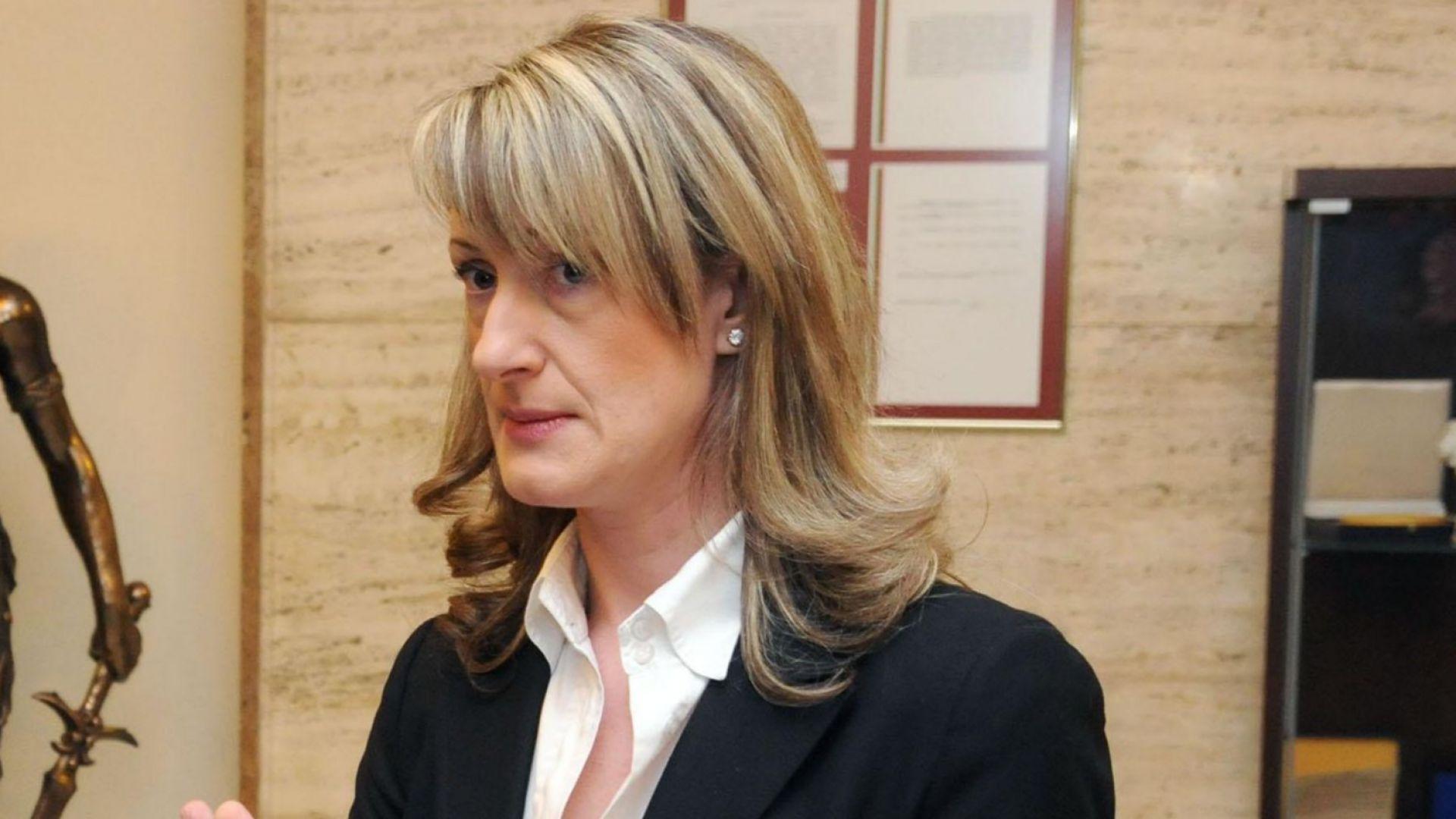 Зинаида Златанова: Да продаваш гражданство, е все едно да продаваш България