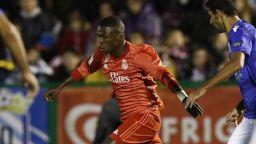 Барса се измъчи за Купата, Реал с разгром в Африка