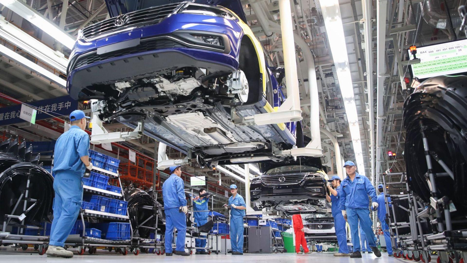 """ФАЦ: Решението е взето - новият завод на """"Фолксваген"""" ще е в Турция"""