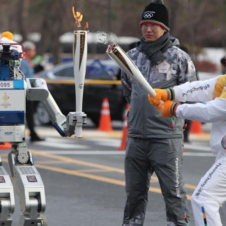 Роботите ще ни направят по-добри и по-щастливи хора