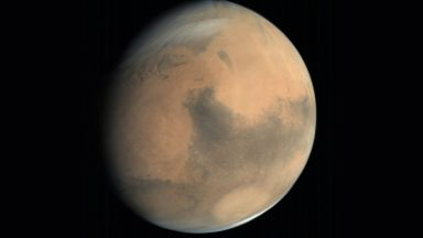 НАСА праща роувър в пресъхнало езеро на Марс
