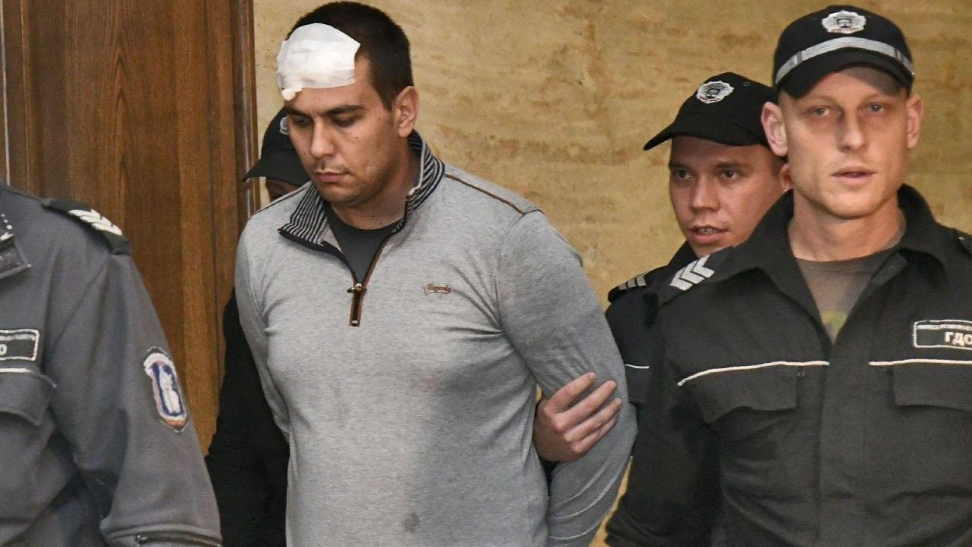 Пишат обвинителния акт срещу Викторио, който застреля бебето и жена си