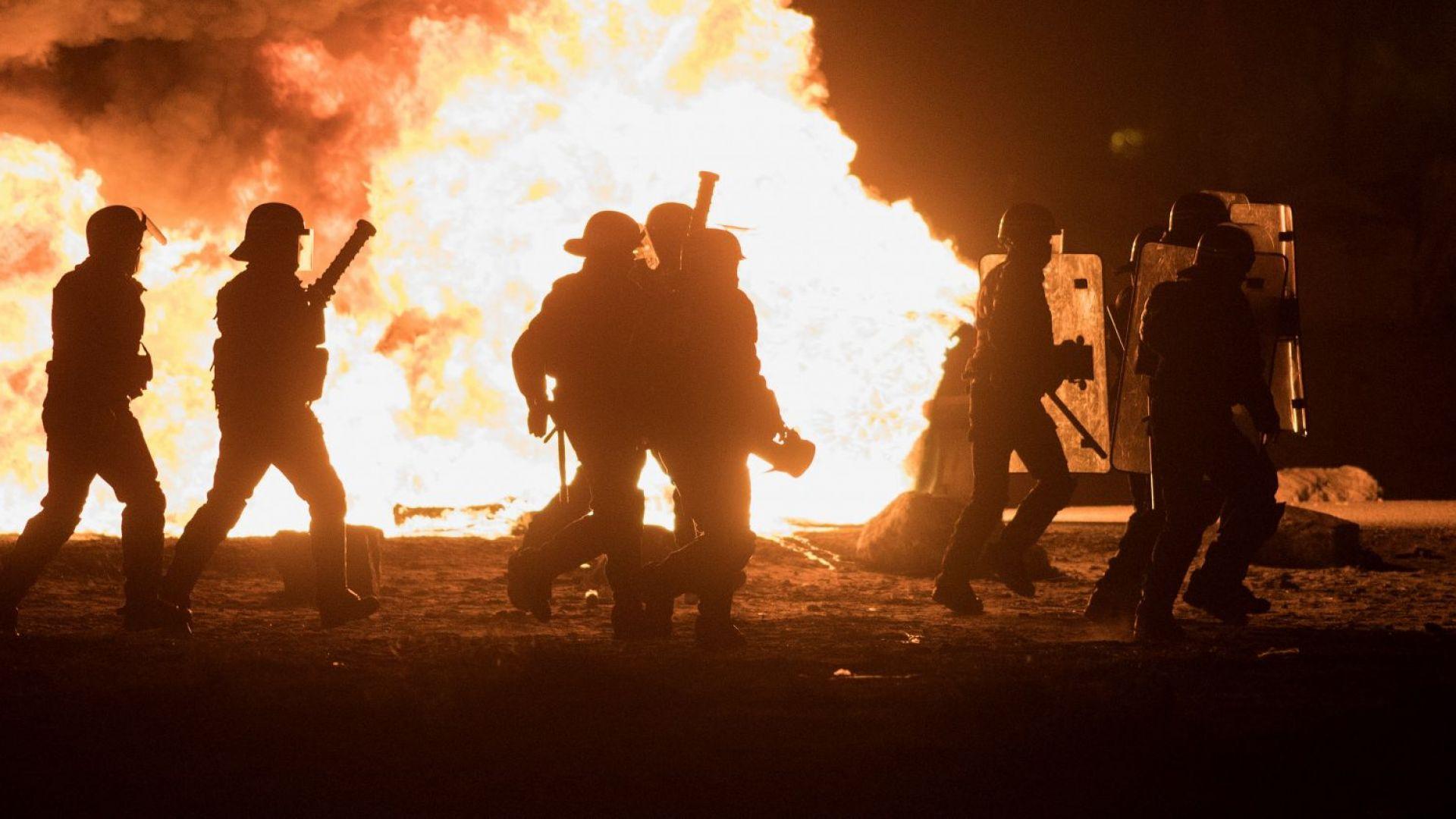 """Холивудският филм """"Чистката"""" вдъхнови сблъсъци на Хелоуин във Франция (видео)"""