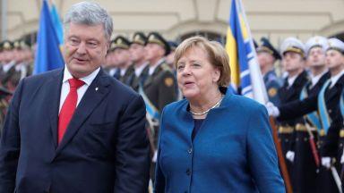 Порошенко: Санкциите на Москва са като държавна награда