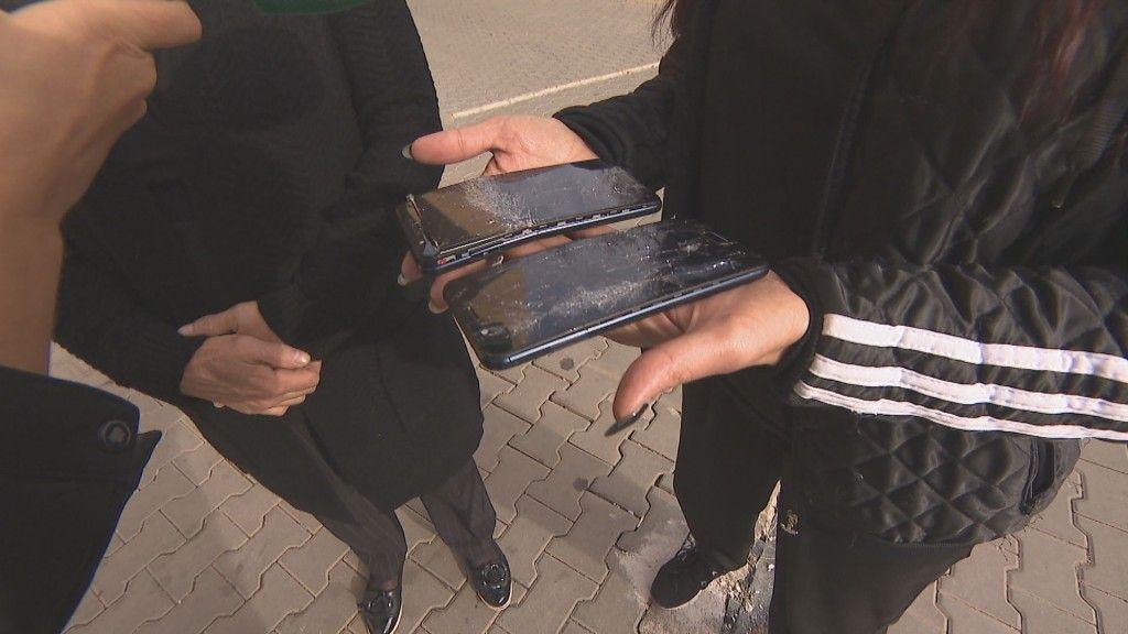 Счупените телефони на Дарина Министерска