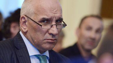 Левон Хампарцумян: Банковата система е стабилна, тегленето на новия дълг - блестящо
