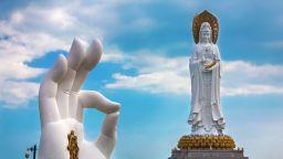 Неми гиганти: Най-високите статуи в света