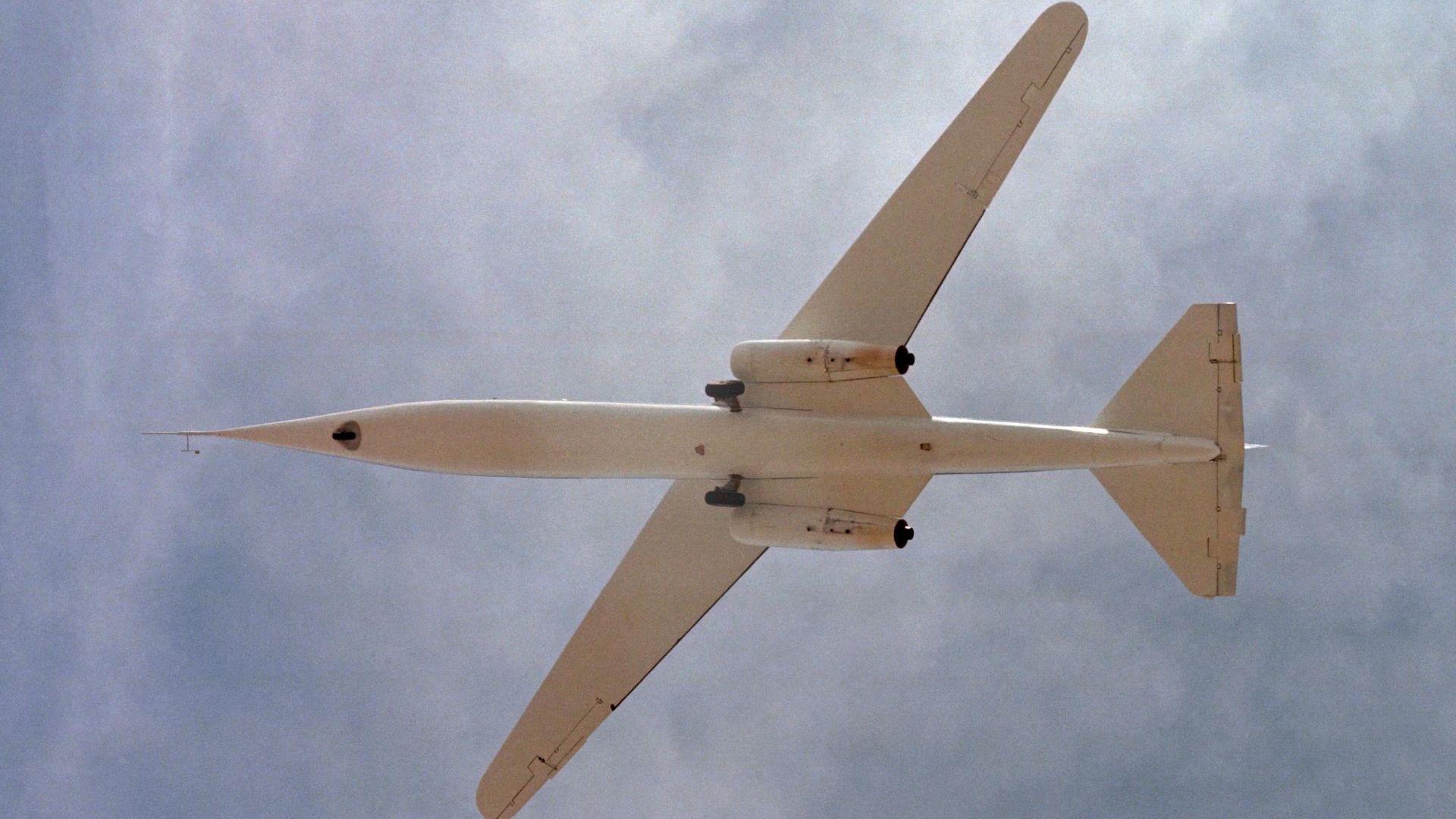 Тайният самолет с асиметрични крила на НАСА (снимки)