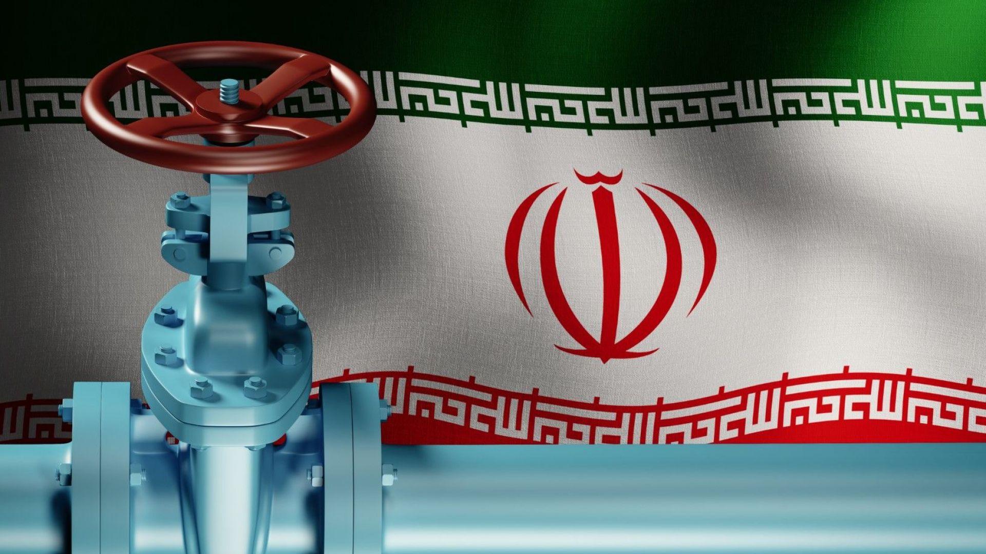 САЩ правят отстъпки за осем държави от санкциите срещу Иран