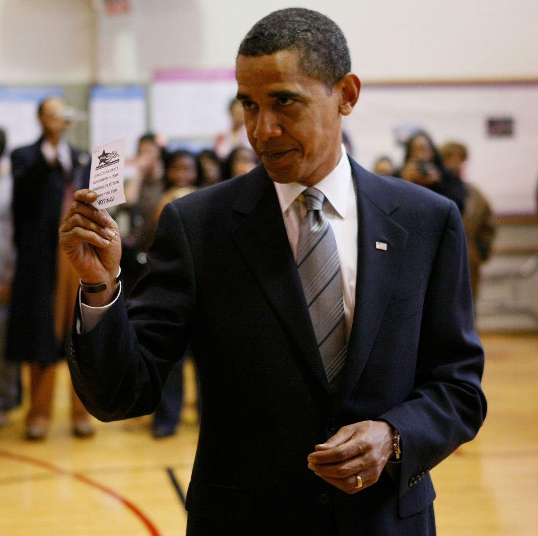 Барак Обама гласува в щата Илинойс
