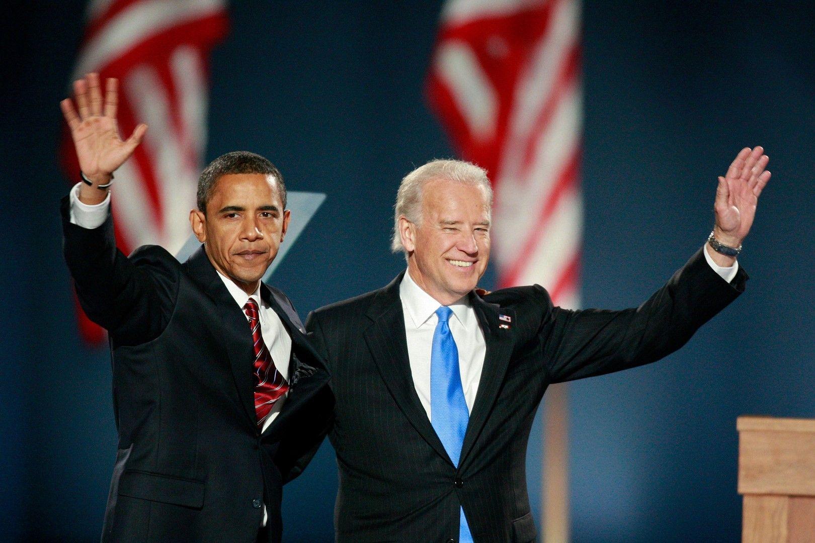 Новоизбраните президент и вицепрезидент Барак Обама и Джо Байдън