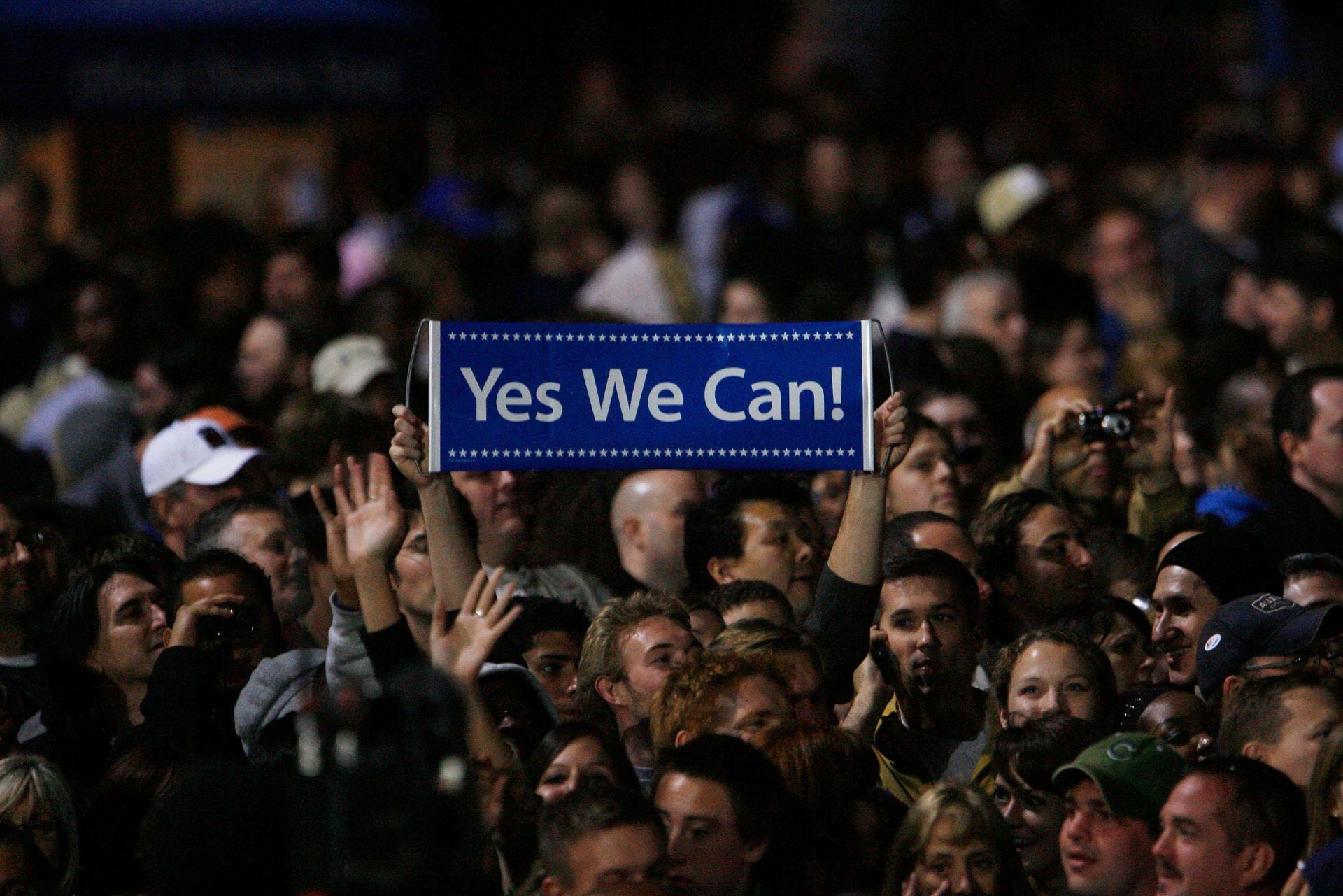 """Предизборната кампания на Обама е съпроводена от лозунга """"Да, ние можем"""""""