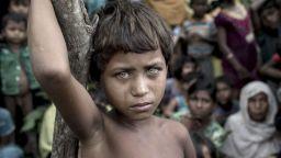 Очите на страданието - един вълнуващ портрет на момиче рохинджа