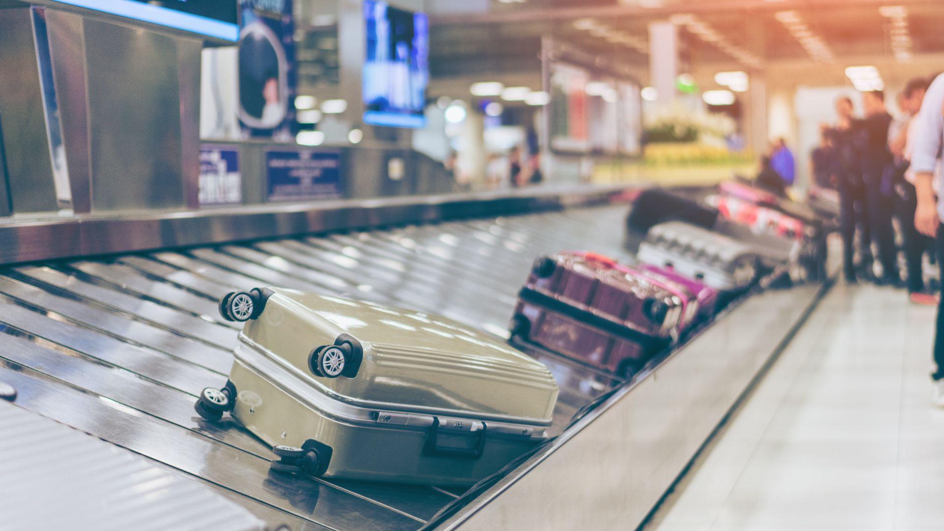 """""""Уиз еър"""" защитава новата такса за ръчен багаж"""
