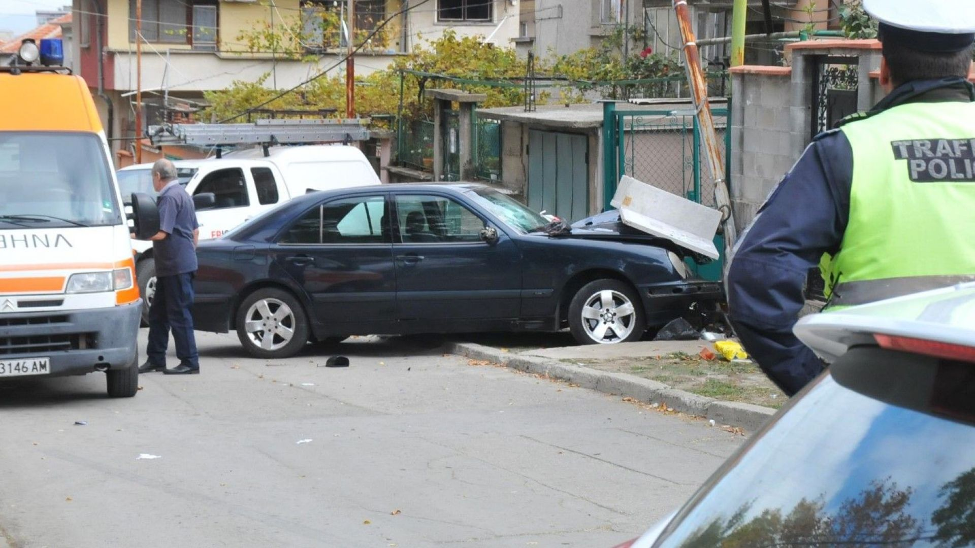 Издъхна и втората жена, премазана на тротоар в Карнобат