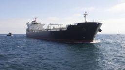 САЩ ще наказват всеки, който купува ирански петрол