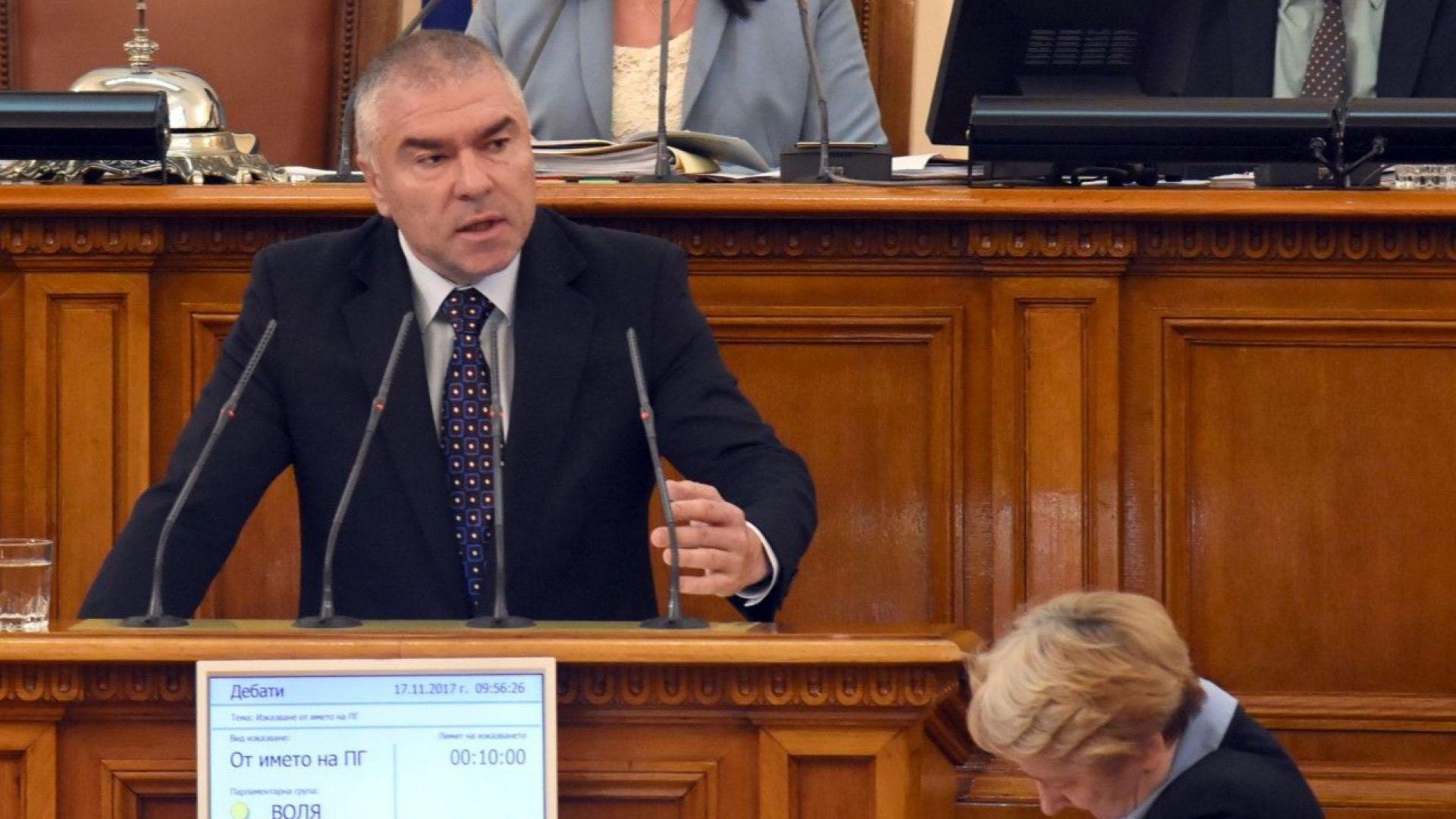 "Марешки: Т. нар. воеводи заприличаха на айдуци. ВМРО: Да прекръсти ""Воля"" на ""Пинокио"""