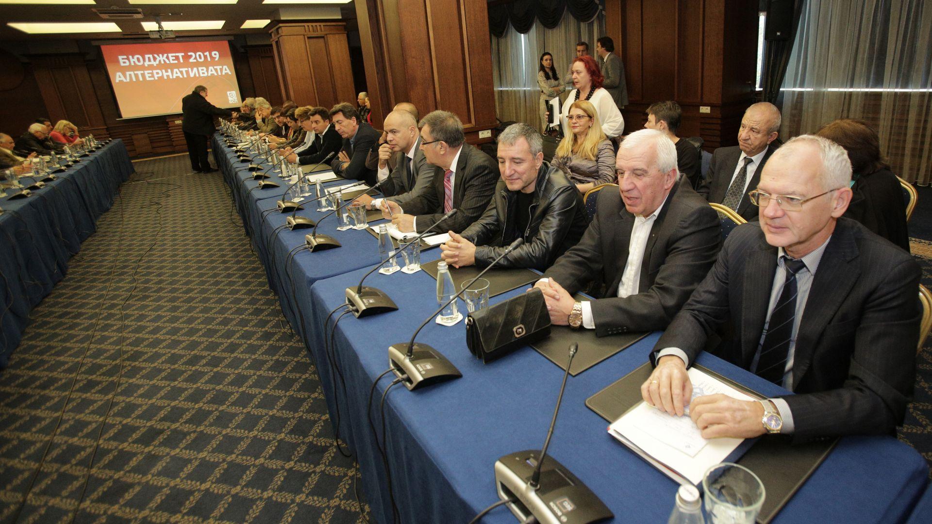Синдикатите похвалиха алтернативния бюджет на БСП, бизнесът въздържан
