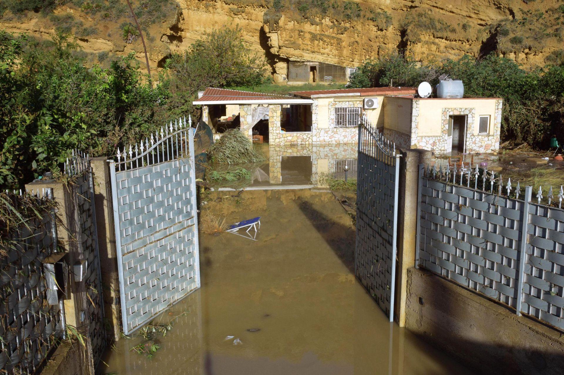 Щети след наводненията в Италия