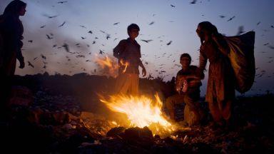 65 хил. тона текстилен боклук горим ежегодно. Последствията: мръсен въздух и канцерогенни заболявания