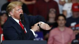 Надвисна голяма опасност за Тръмп