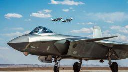Започна най-голямото военно изложение в Китай
