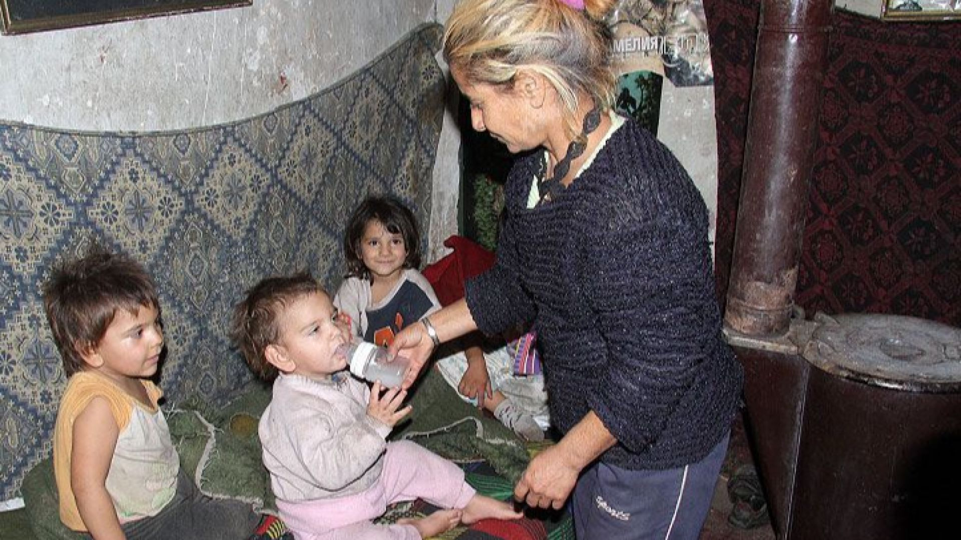 Зловеща статистика след смъртта на бебе: От 12 деца - 3 починали и 9 отнети
