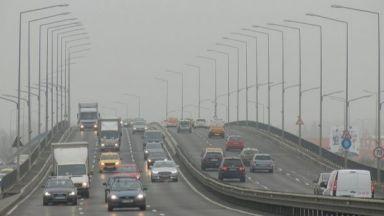 """Милиони тонове въглеродни емисии би струвал пакетът """"Мобилност"""""""