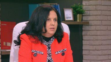 Служебен министър на правосъдието: Катя Матева беше блокирала 17 хил. молби за гражданство