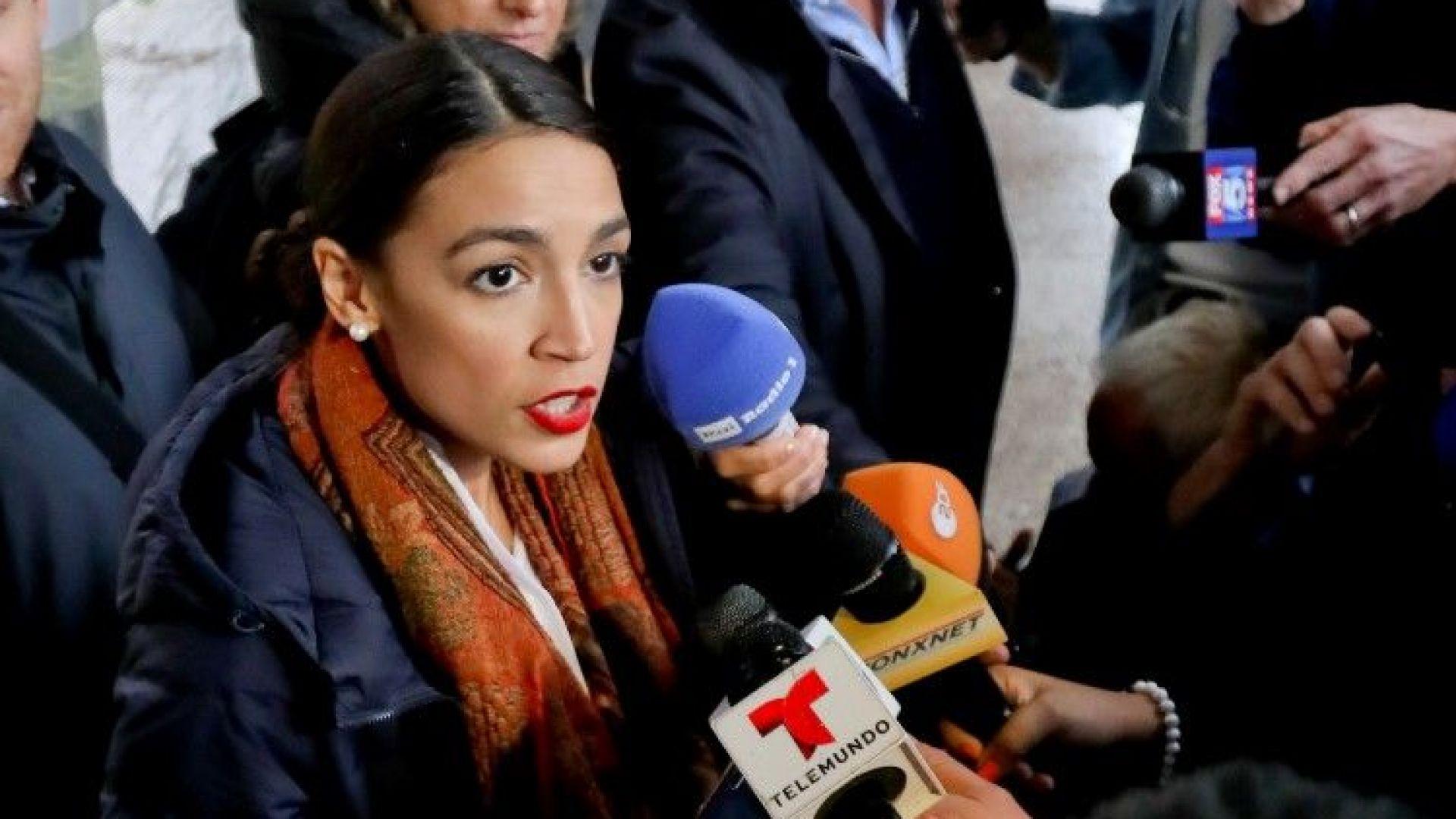 Латиноамериканка е най-младата конгресменка в САЩ
