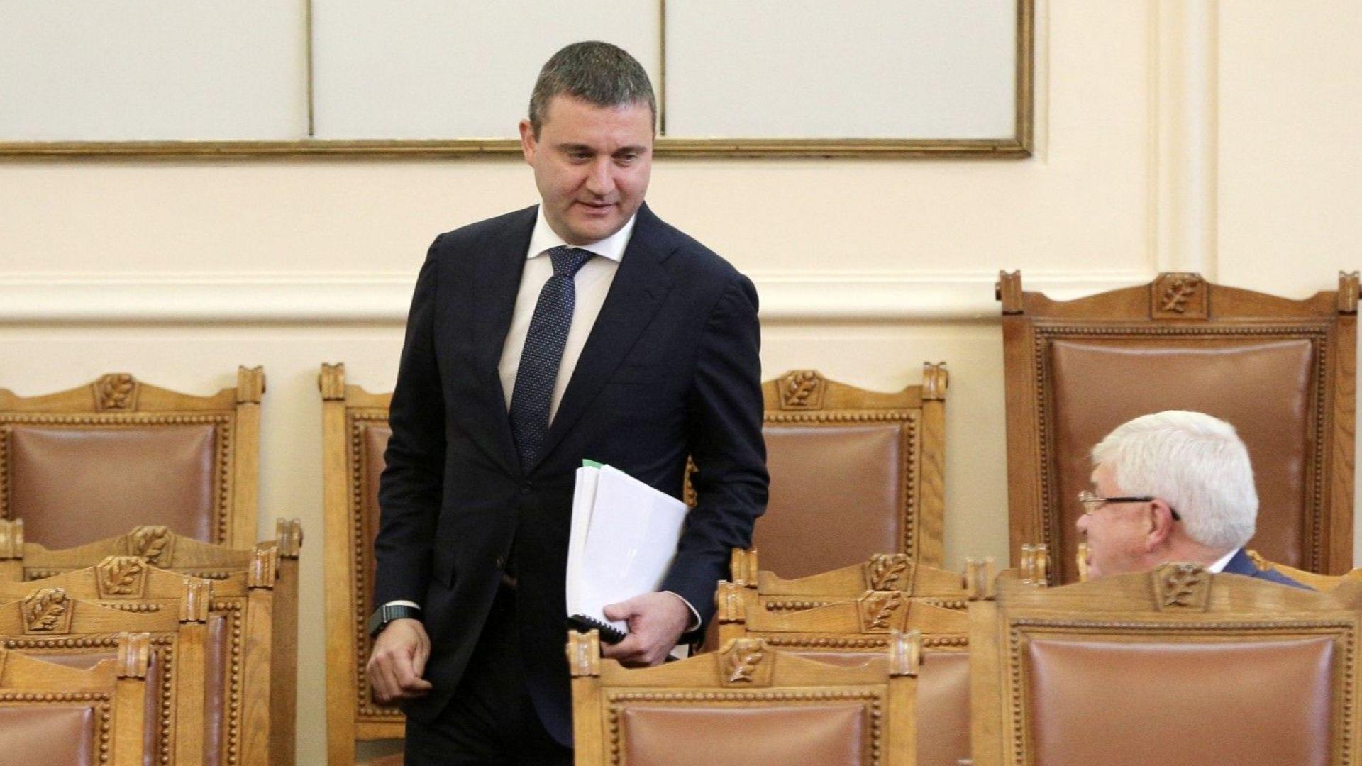 Владислав Горанов: До 3 години приемаме еврото