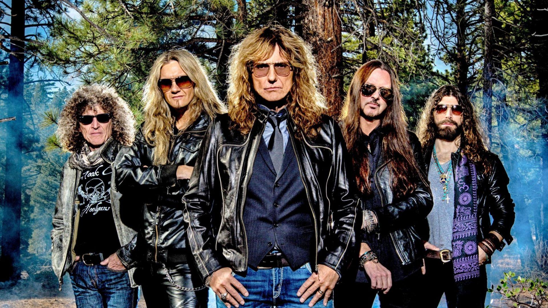 Whitesnake идват в България