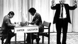 Шедьовърът с Топалов, класиките Карпов-Каспаров... Великите битки в шахмата