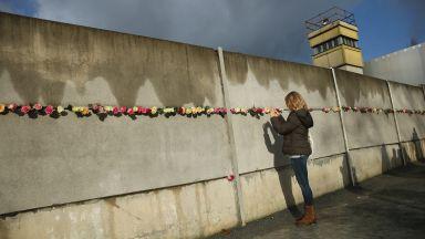 30 г. след падането на Берлинската стена контрастът между Източна и Западна Германия се запазва
