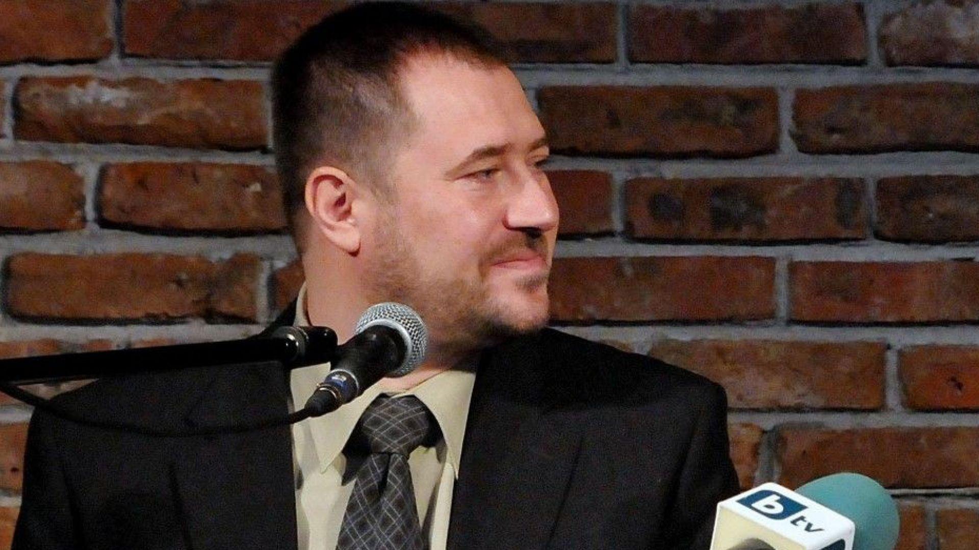 Бившият председател на ДАБЧ остава в ареста