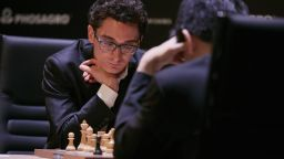 Каруана остави световния шампион Карлсен втори в престижен турнир