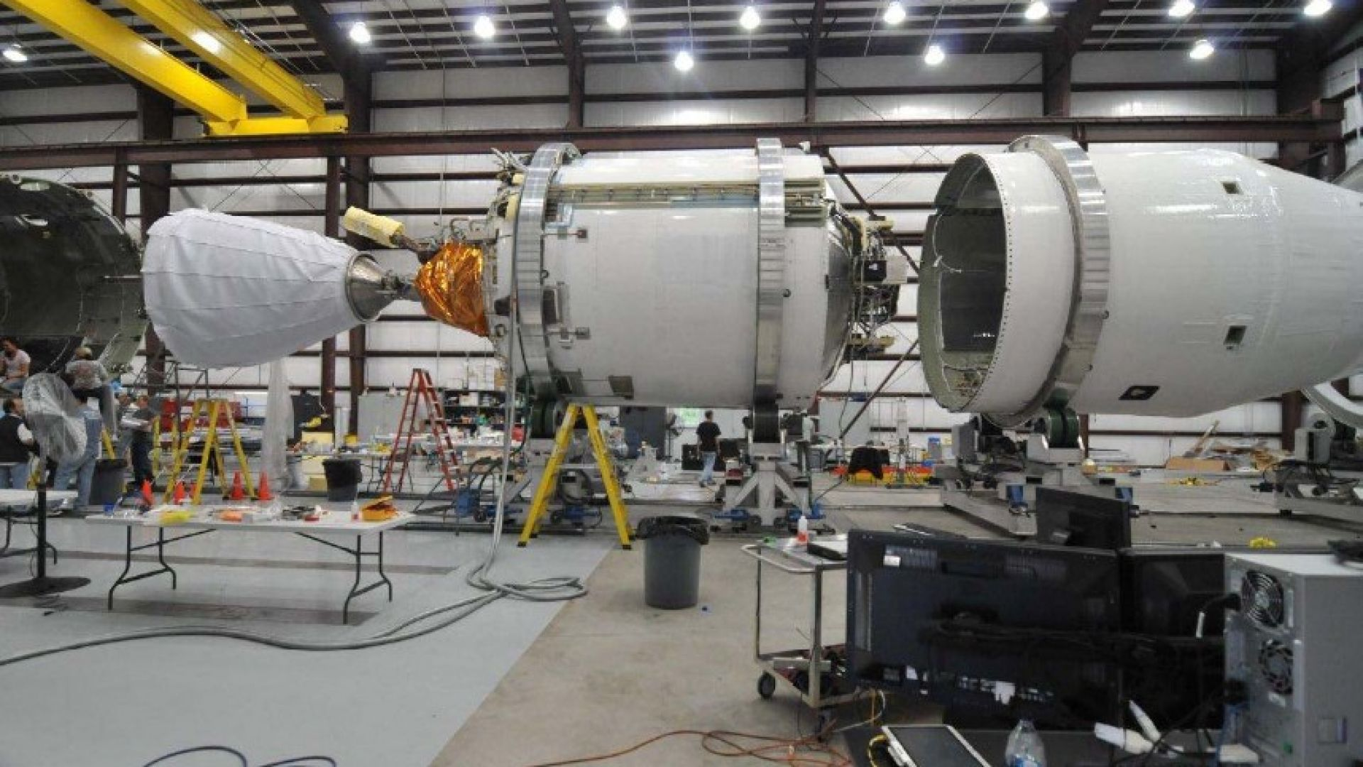 SpaceX ще приземява и втората степен на Falcon 9
