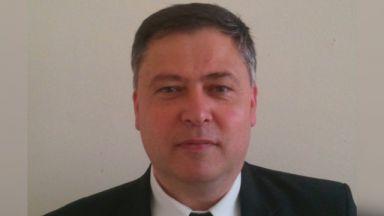 Министър Вълчев уволнява ректора на ТУ-Варна за плагиатство