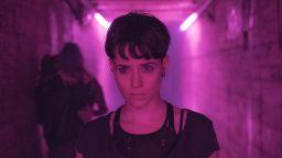 """Movie review: """"Момичето в паяжината"""" ще ви улови и вдигне адреналина ви на макс"""