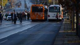 Шофьор помете жена на Орлов мост