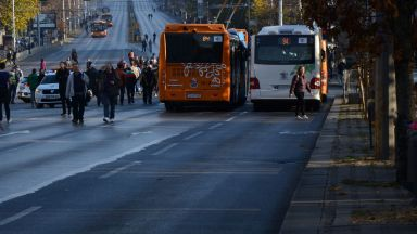 Протестна блокада на столичния център (снимки и видео)